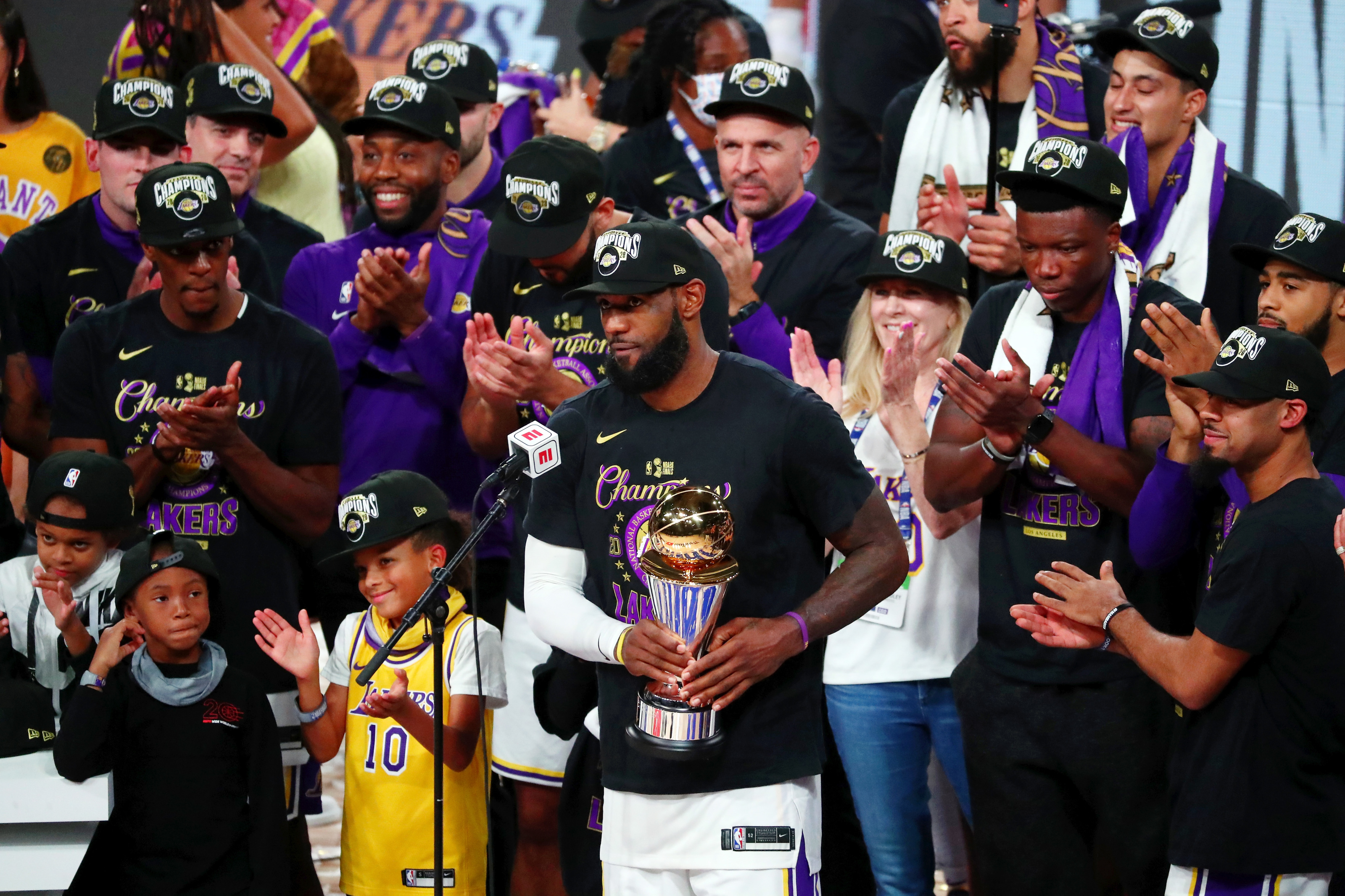 Lebron James - Los Angeles Lakers : How the 2020 team compares to other champions